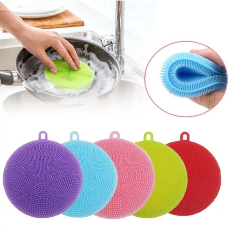 Силиконовая щетка для мытья посуды и овощей